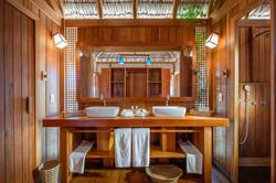 Jaguaribe Lodge  - Apto Duplo Casal - Banheiro