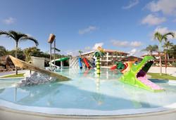Grand Palladium Imbassaí Resort & Spa - Espaço Kids - Piscina