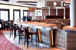Navio – Celebrity Equinox - Bar do hotel