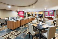 Wyndham Golden Foz Suítes - Buffet - Restaurante