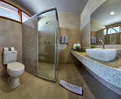 Tabaobi Smart Hotel -Apto Duplo - Banhei