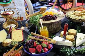 crudites bar - cheese and jellies