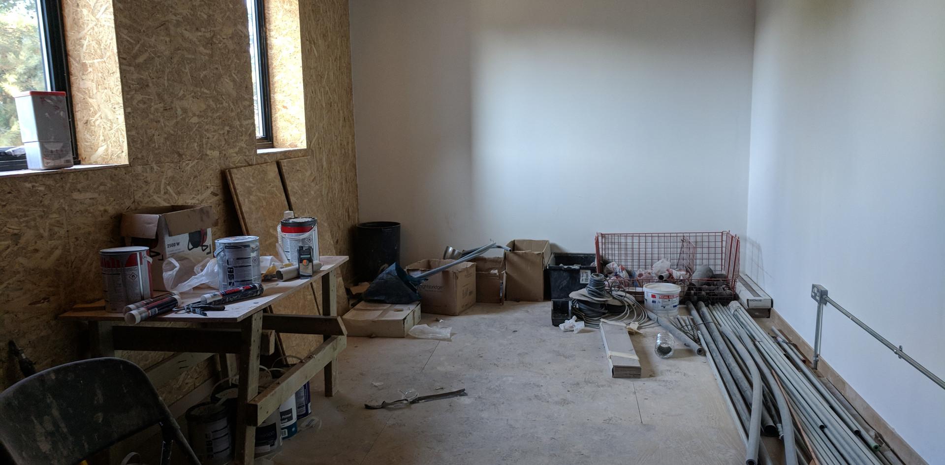 First Floor Studio (Corner)
