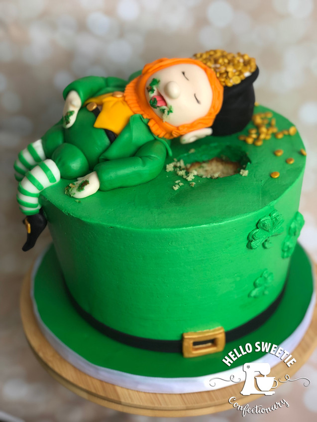Saint Patrick's Day /  leprechaun cake design by Hello Sweetie Confectionary
