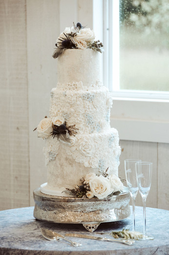 Wedding cake design by Hello Sweetie Confectionary