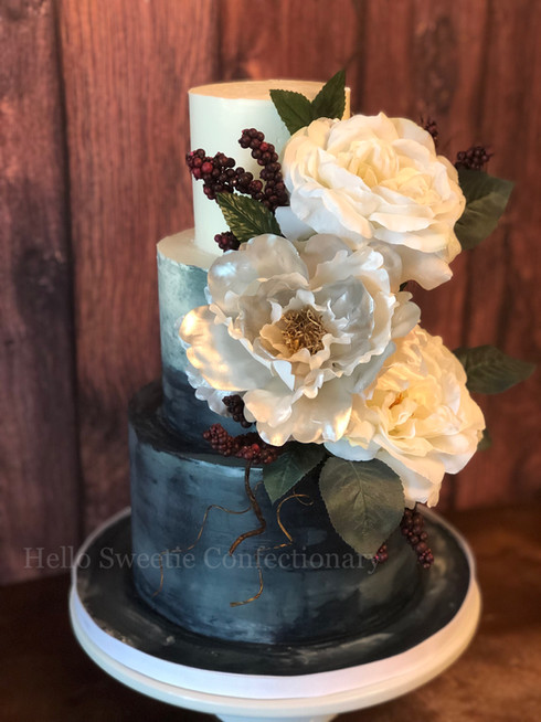 Luxury Wedding cake design by Hello Sweetie Confectionary