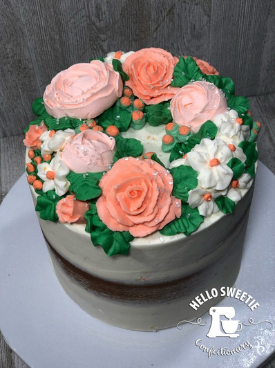 Floral cake design by Hello Sweetie Confectionary