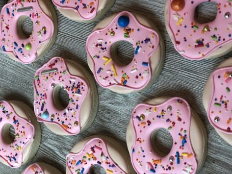 donut cookies by Hello Sweetie Confectionary