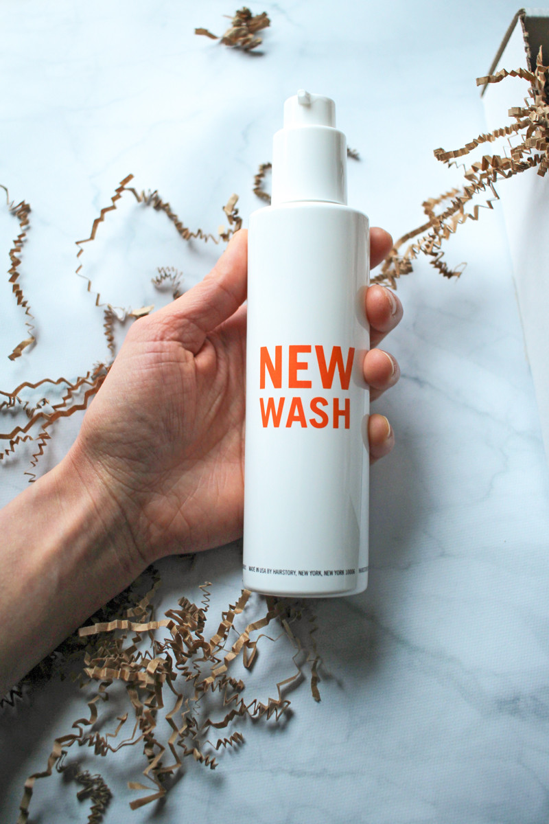 Hairstory New Wash Bottle