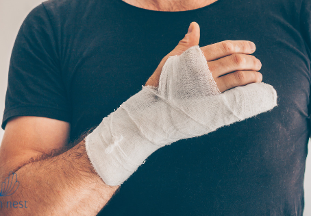 5 ways to help reduce your hand and arm pain after surgery