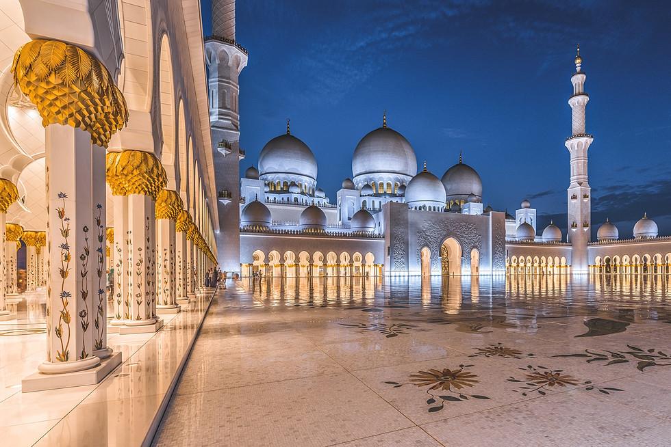 interno moschea laterale.jpg