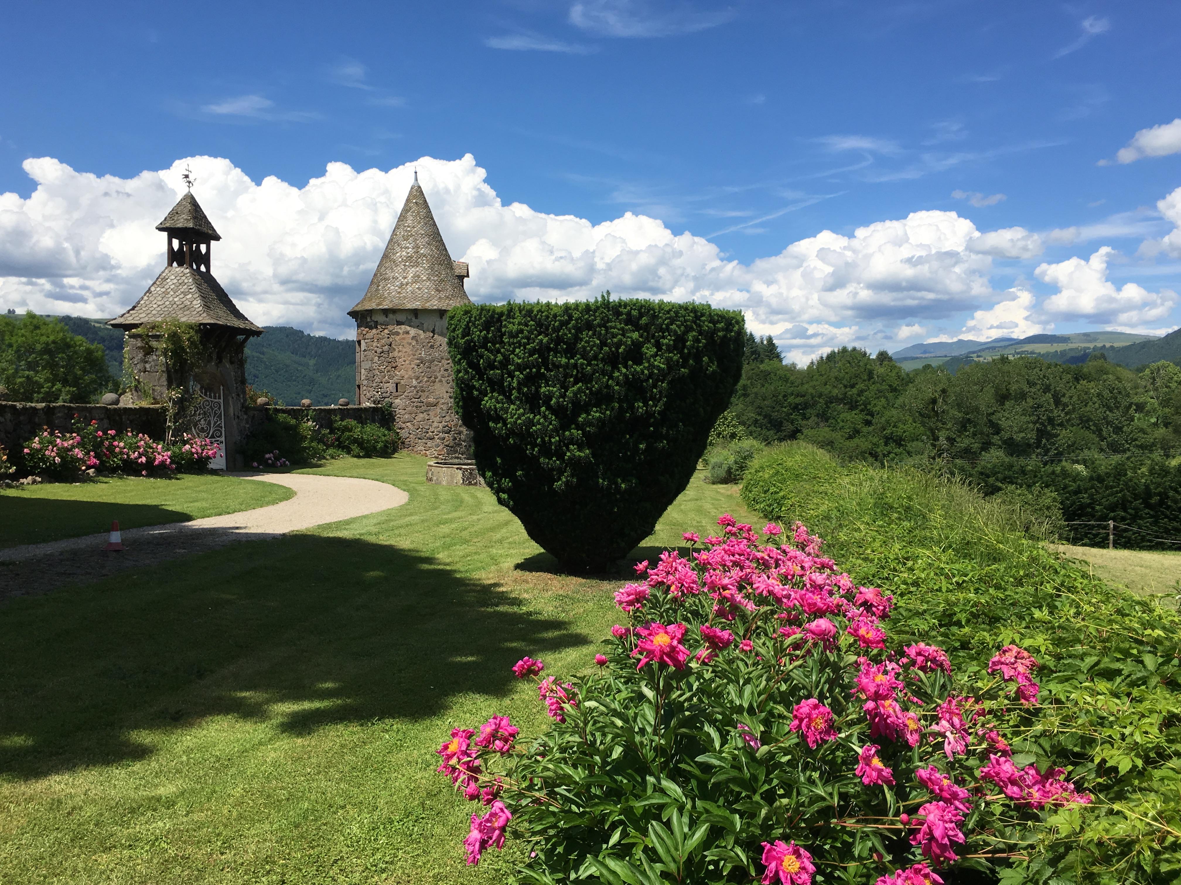 Chateau-Vixouze-jardin
