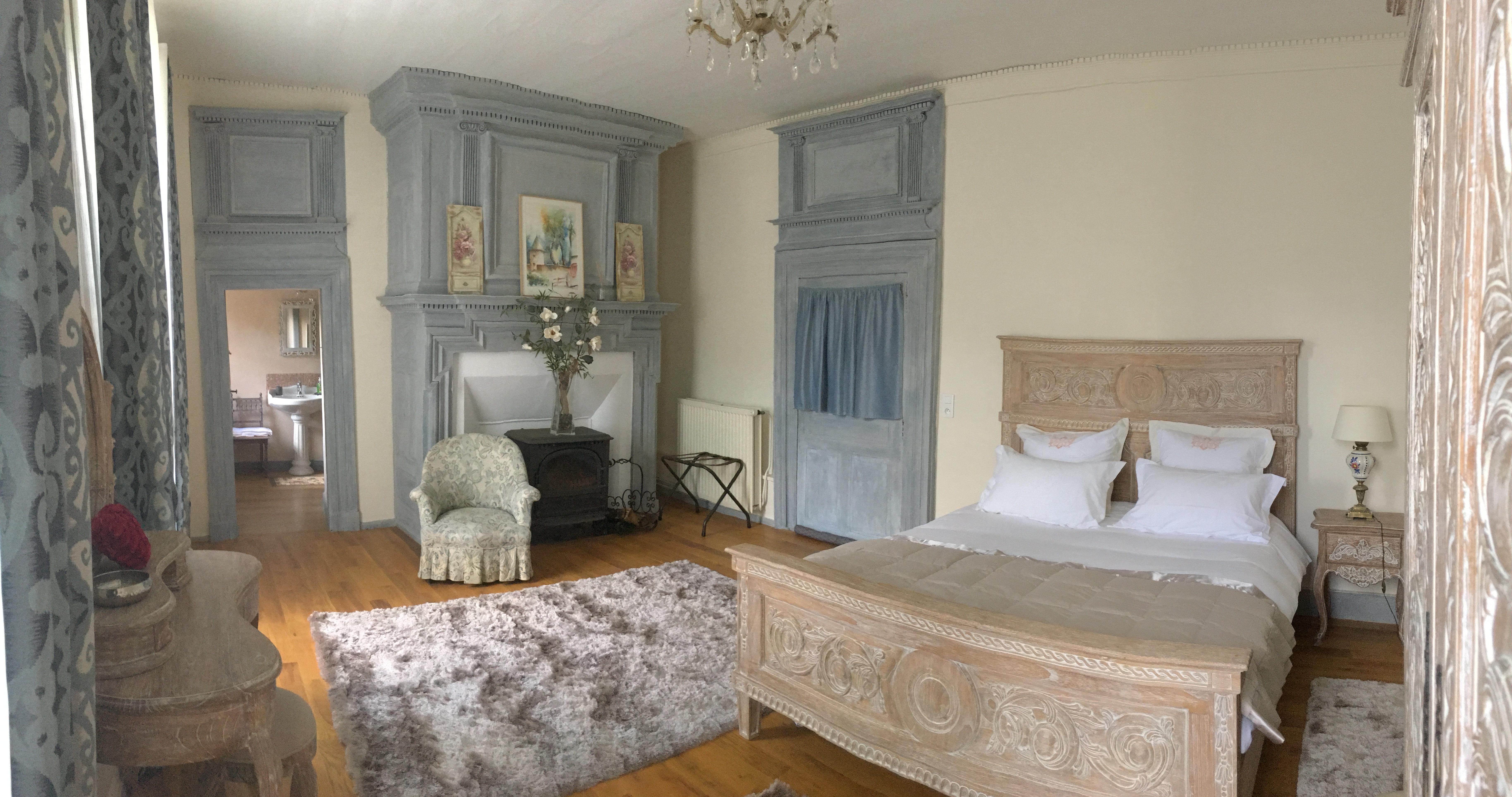 Chateau de vixouze_Suite Nuptiale1
