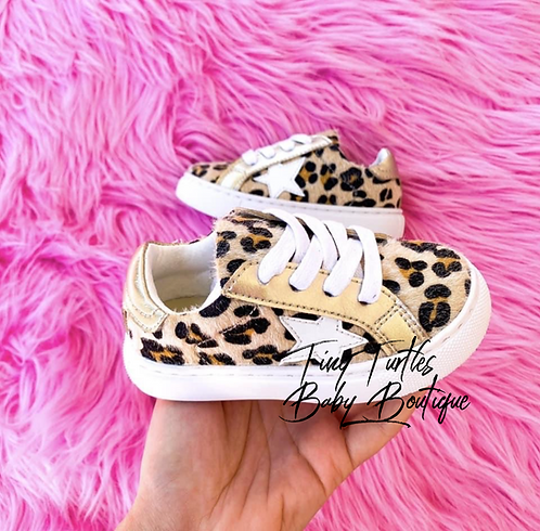 Look at me (Leopard shoes)