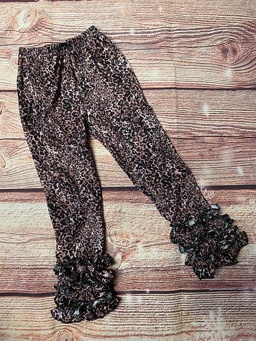Leopard ruffle icings