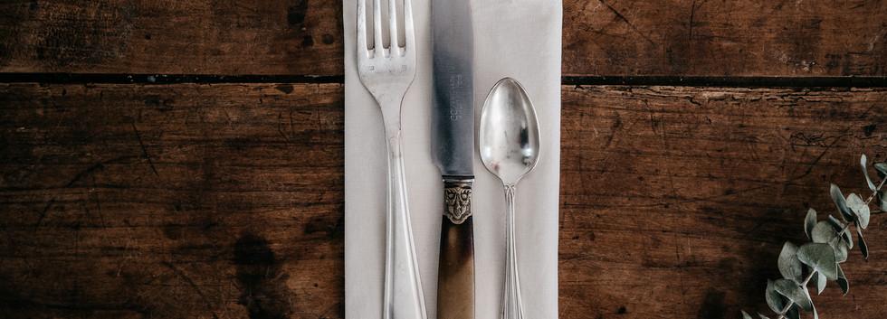 Set couverts métal argenté - Photo ©Ludozme