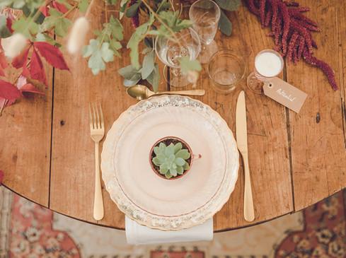 """Table ronde bois - Photo ©Vivien Bluteau """"Il était une fois"""""""
