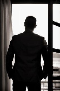 groom photography