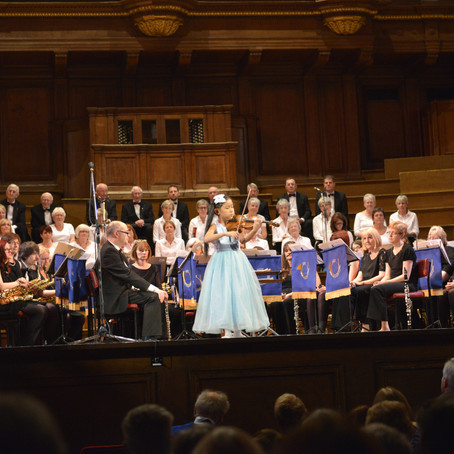 Violinist Leia Zhu Returns at the North East Last Night of the Proms