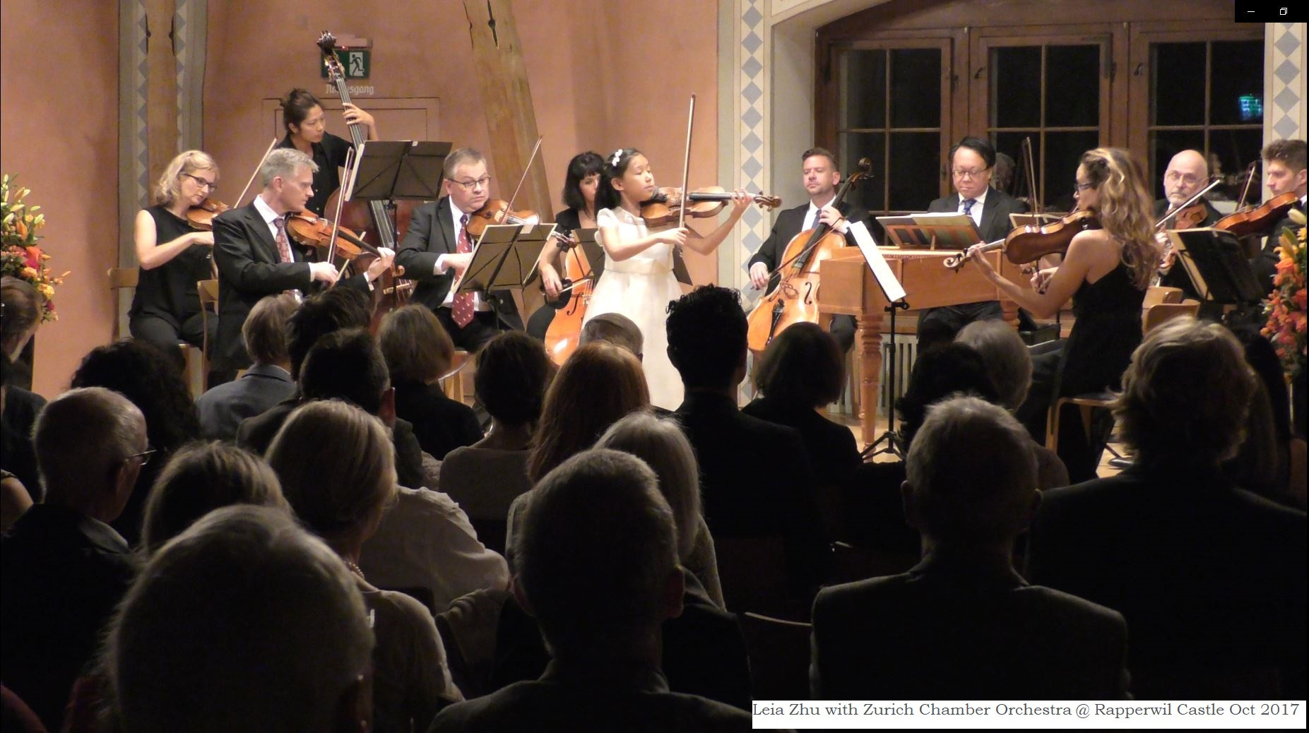 Leia Zhu with Zurich Chamber Orchestra