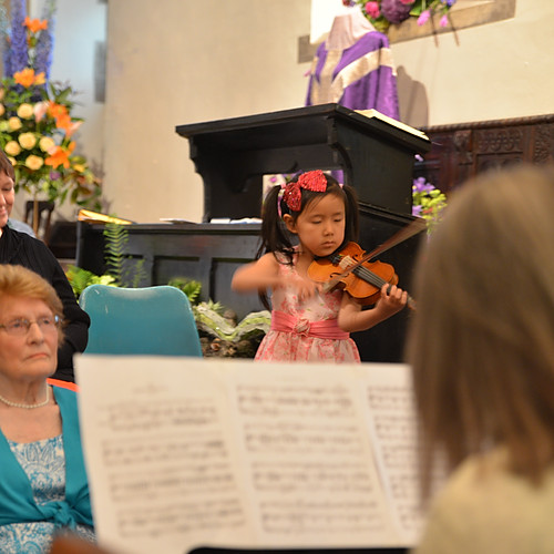 6-year-old Leia Zhu Flower Festival | England