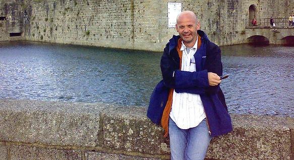 PeteFranceSep2007_edited_edited.jpg