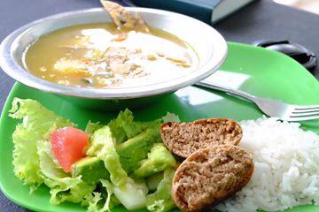 Healthy lunch at ISLA Academy