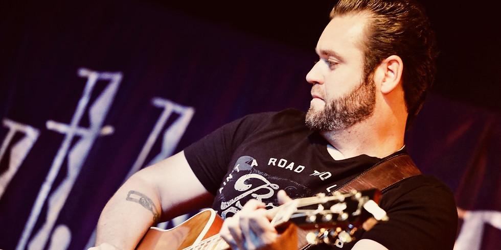 Live Music Sunday featuring Kyle Phelan