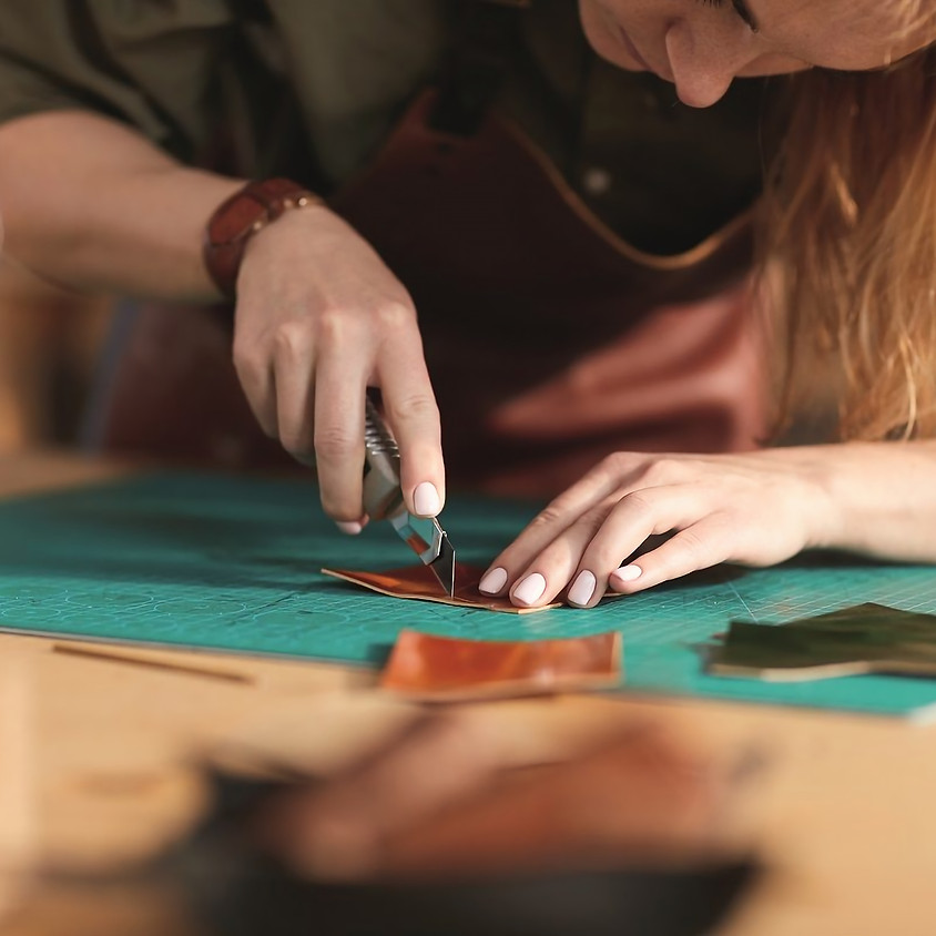 Atelier Porte-carte en cuir • Graulhet Tarn • Jeu. 22 oct. GRATUIT
