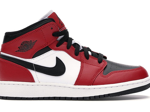 Nike Air Jordan 1 High Mid Chicago Black Toe