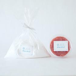 プルプル豆乳の粉 オーガニック苺ソース付き 1500円(税別)