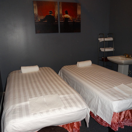 What to Expect When Coming in for a Couples Massage