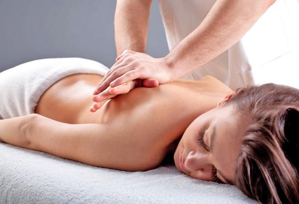 #bodymassage  #backmassage #couplemassage  #massagemelbournefl  #massage