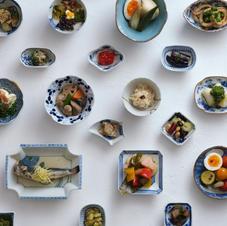 酒と肴 豆小皿料理一〇一銭 まつ