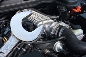 wij verzorgen kleine en grote reparaties aan alle automerk - Gebr.van der meij