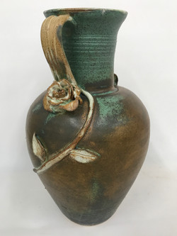 Urn, side view