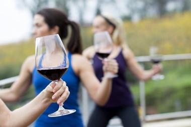 daniels-vineyard_events_yoga-and-wine