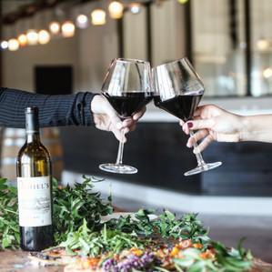 daniels-vineyard_wine_tasting-room