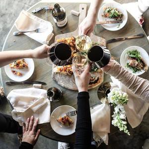 daniels-vineyard_wine-tasting