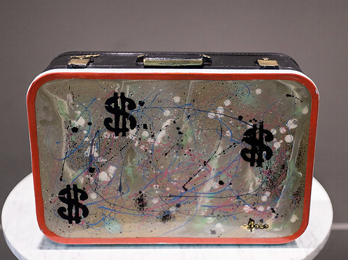 Money wallet Sculpture