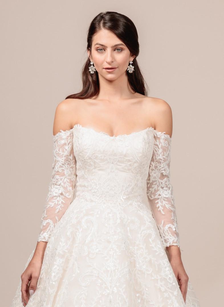 Angel Rivera bridal gown Gorgeous front detail