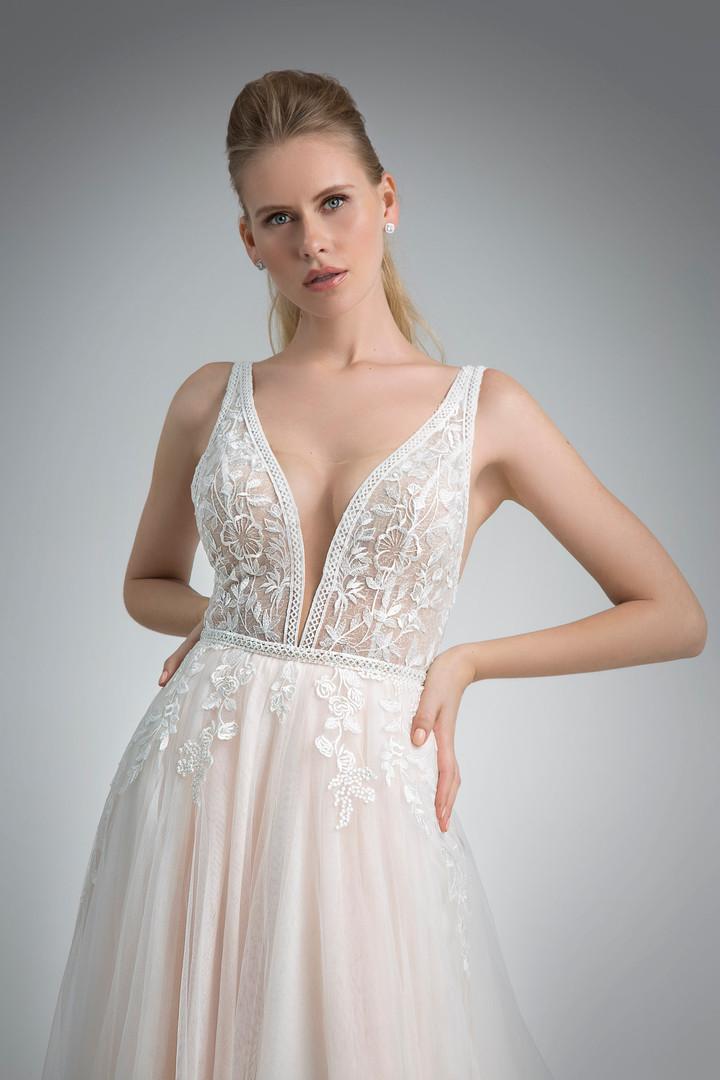 Angel Rivera Bridal Gown Senora Front Detail
