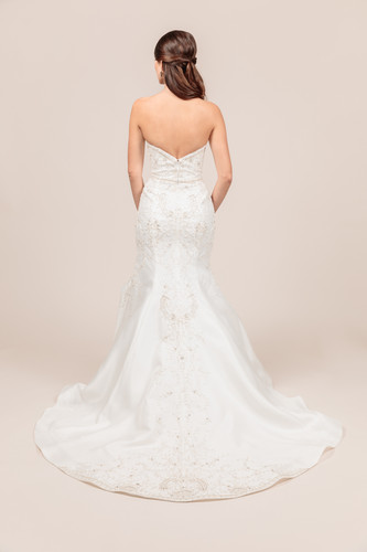 Angel Rivera bridal gown Opulent back