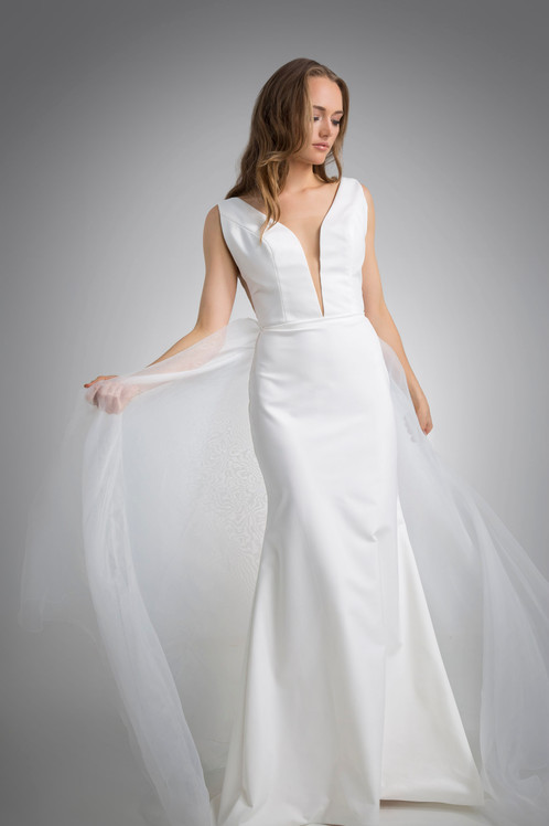 Flores Collection by Angel Rivera Bridal Gown Luna Front detail