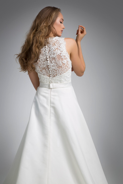 Flores Collection by Angel Rivera Bridal Gown Libi back detail