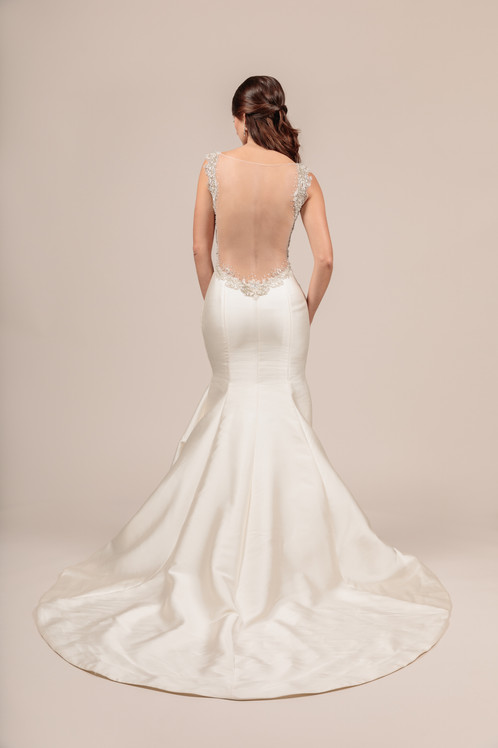 Angel Rivera Bridal Gown Sophisticated back Detail