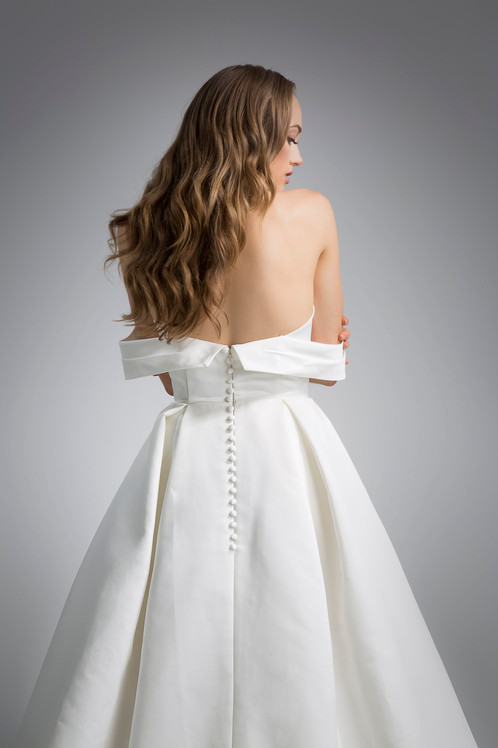 Flores Collection by Angel Rivera Bridal Gown Beckett Back detail