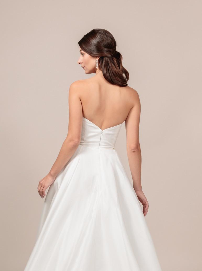 Angel Rivera bridal gown Royalty back detail