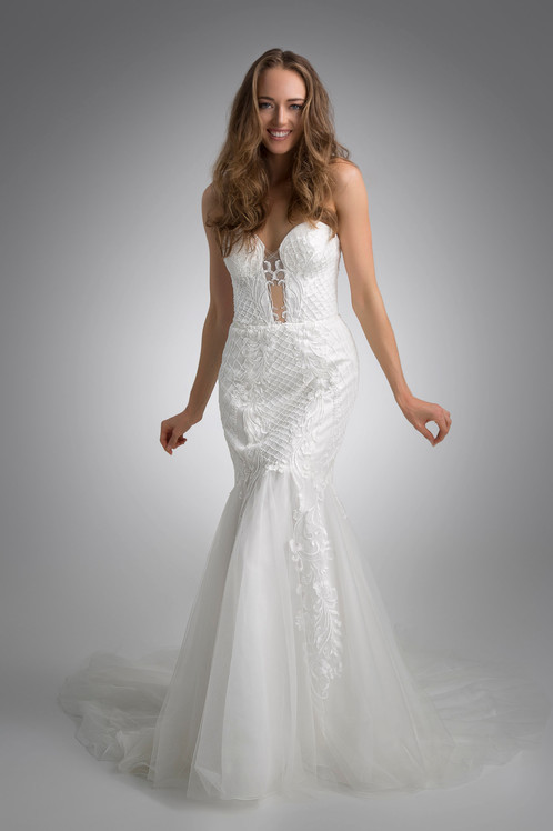 Flores Collection by Angel Rivera Bridal Gown Blanca front detail
