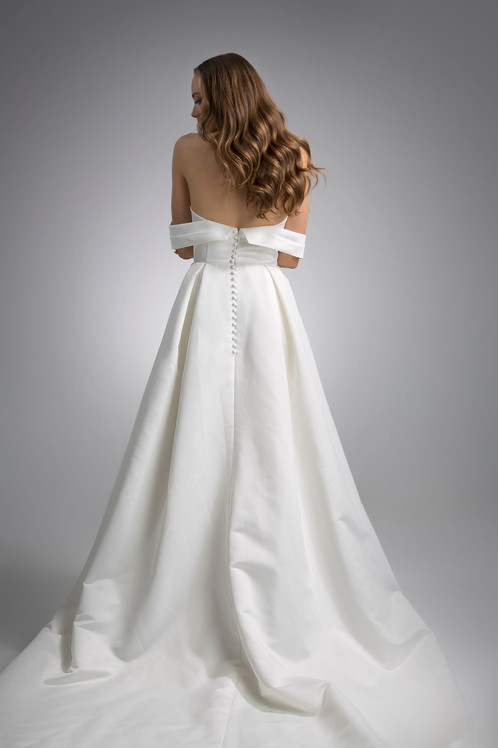 Flores Collection by Angel Rivera Bridal Gown Beckett Back